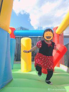 コロナ禍でも自宅で子供が思いっきり遊べる最強アイテム!!家庭用 屋外 エアトランポリン(Air Trampoline/送風機付き・空気注入式) をルーフテラス(ルーフバルコニー/屋上)で楽しむ! #巣ごもり消費
