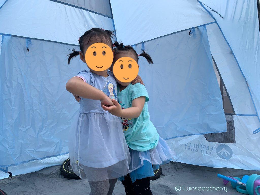 テントでテンション上がってダンス🎵 双子4歳とルーフテラス(ルーフバルコニー/屋上)でゴルフ練習!ゴルフスイング動画もあるよ #Stayhome #お家で過ごそう