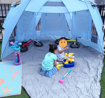 双子4歳とルーフテラス(自宅屋上)でゴルフ練習!ゴルフスイング動画もあるよ #Stayhome #お家で過ごそう