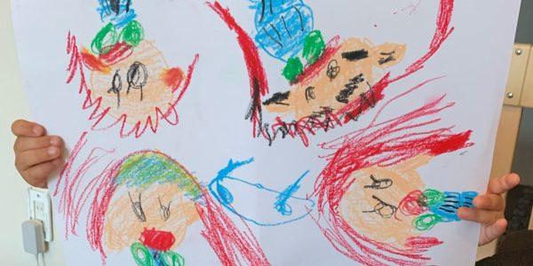 双子女子4歳の一人遊び(二人遊び)お役だちグッズ&アイデア/手抜きグッズ ‐ 保育園休園時 幼い子供と一緒にテレワーク