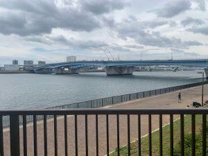 晴海臨海公園水辺のテラス 晴海臨海公園水辺のテラス 豊洲大橋を臨む