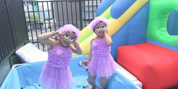 双子4歳、春プール始めました【ルーフバルコニー(屋上テラス)・ベランダで幼児と水遊び!】
