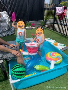 双子4歳、春プール始めました【ルーフバルコニー(屋上テラス)・ベランダで幼児と水遊び!】五感を磨き、数学的感覚を養い、体力増強にも繋がる水遊びに手軽なビニールプールでtry!